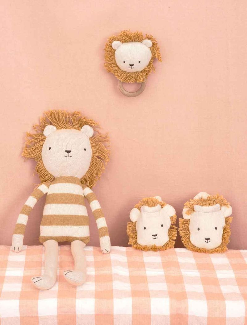Lion-Doll-2_11zoncpd